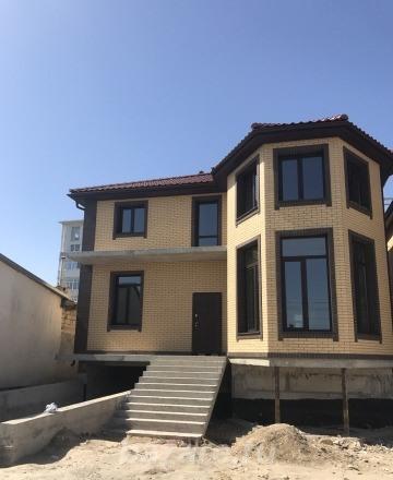 Продаю  дом  240 кв.м  кирпичный, Севастополь