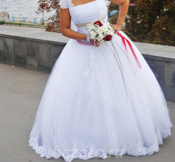 Продаю свадебное платье,  Саратов