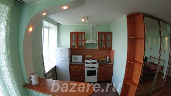 Однокомнатная квартира посуточно, ул. Челюскинцев 14,  Новосибирск